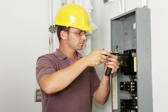 Cortocircuitos en sistemas eléctricos